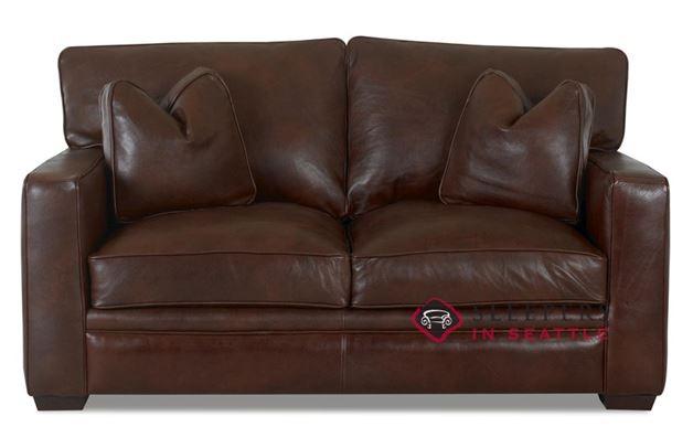 Savvy Houston Leather Loveseat