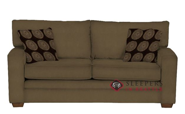 670 Studio Sofa in Stoked Mocha