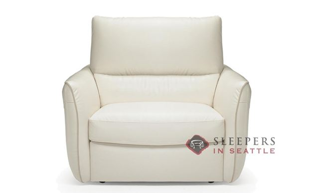 B842-004: Natuzzi Editions Versa Reclining Leather Chair