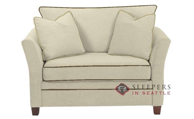 Savvy Murano Sleeper in Oakley Ivory (Chair)
