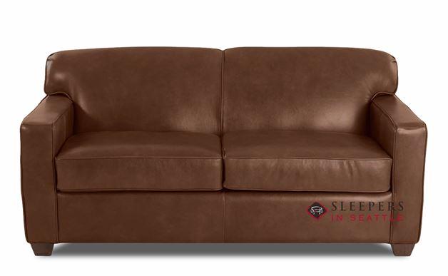 Savvy Geneva Leather Sleeper Sofa in Bronx Sod (Full)