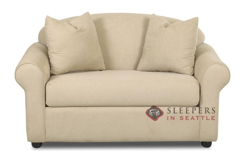 Savvy Chicago Sleeper (Chair)