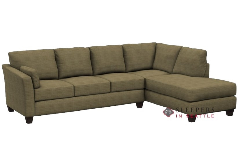 Savvy Sienna Chaise Sectional Sleeper In Spartan Camel Queen